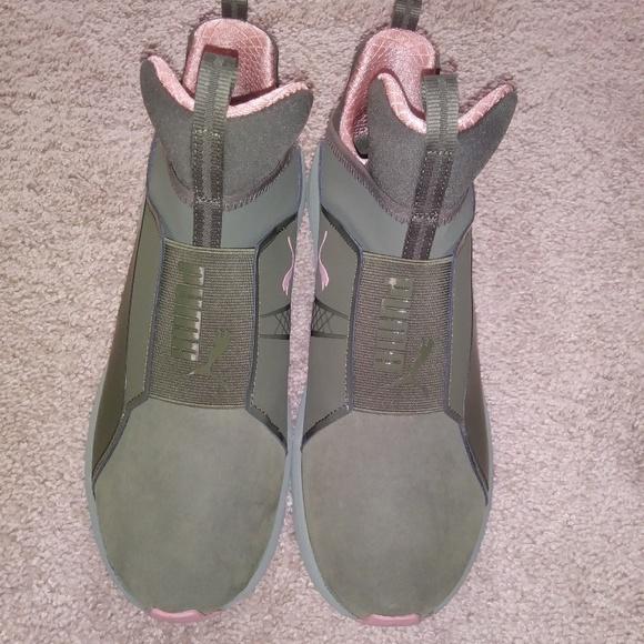 Women s Fierce Nubuck Naturals Puma Sneakers. M 5ac99805a44dbe957138582a 50d993005